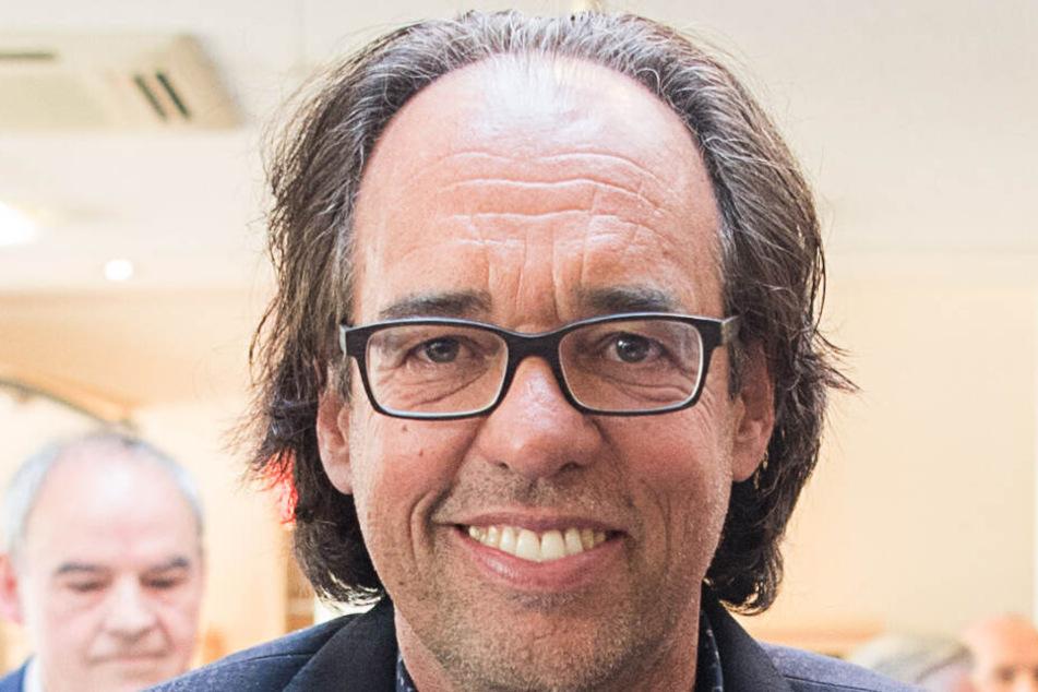Christoph Sonntag ist Kabarettist und hat eine Stiftung.