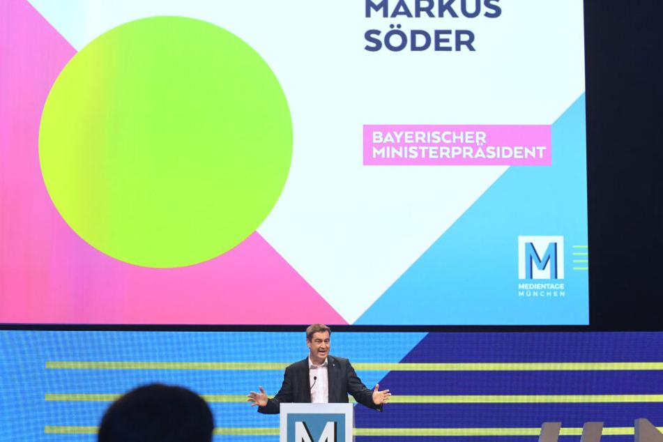 Markus Söder (CSU), Ministerpräsident von Bayern, spricht auf der Hauptbühne bei den 33. Medientagen München.