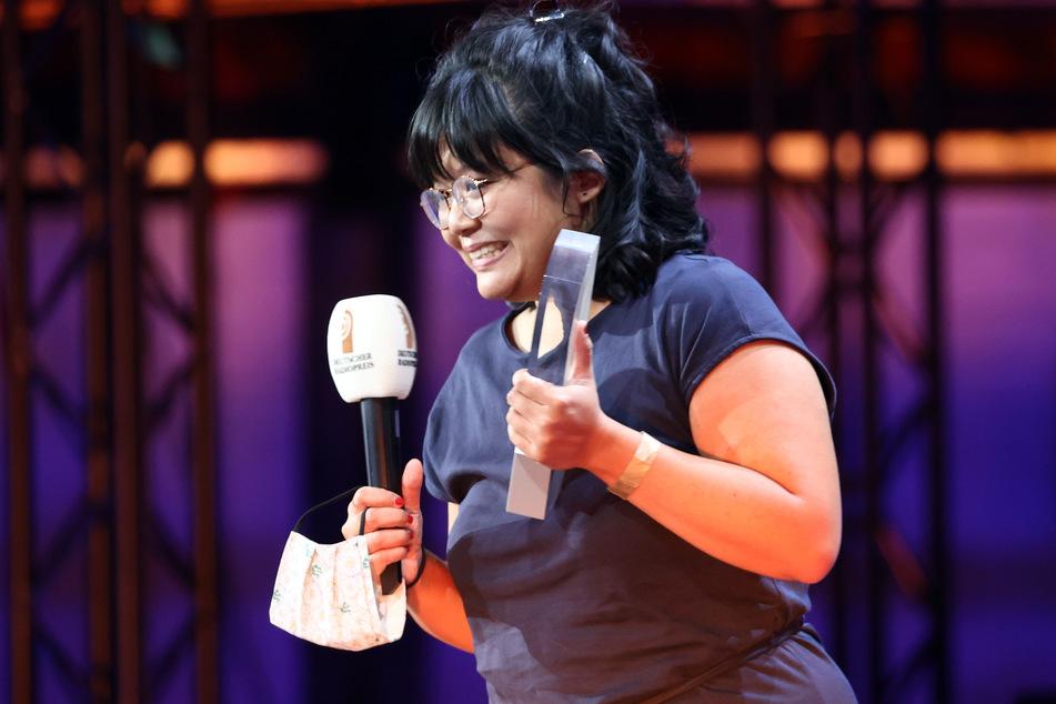 """Anh Tran vom Sender Deutschlandfunk erhält in der Kategorie """"Beste Newcomerin"""" den deutschen Radiopreis."""
