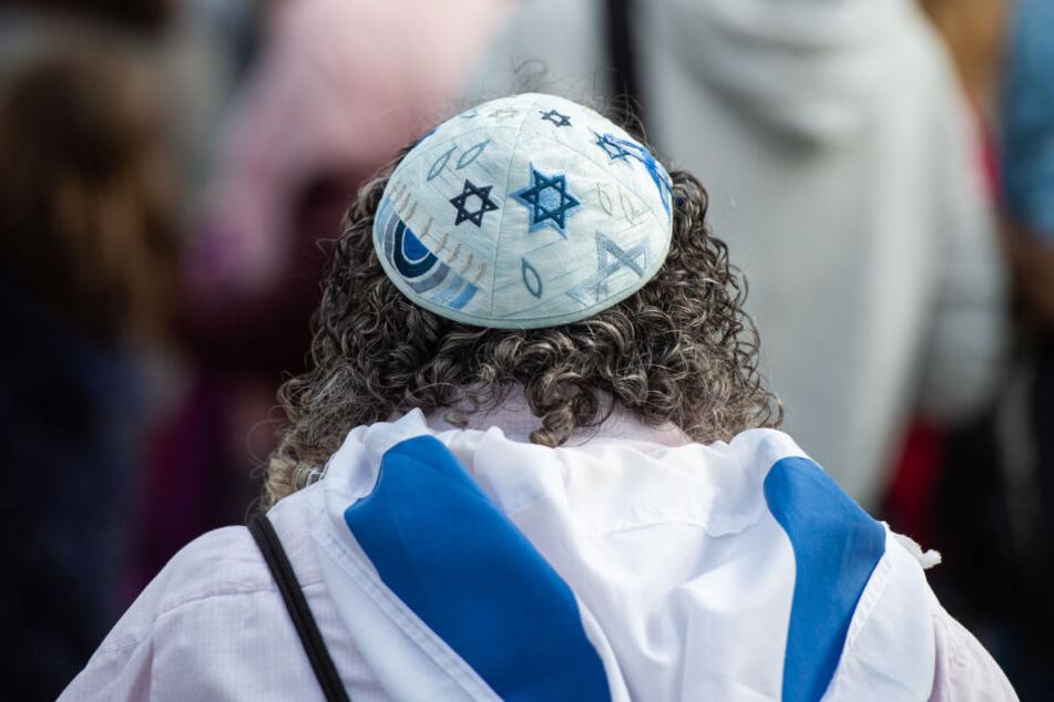 Mit dem Tragen der Kippa seiein Zeichen der Solidarität mit den Juden (Symbolbild).