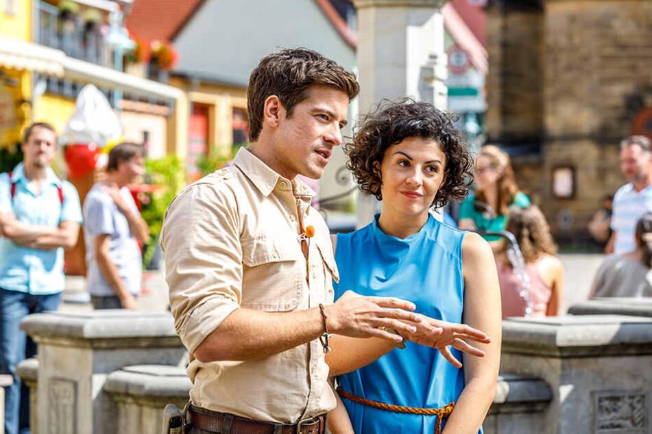 """Auf ihn wartet diesmal ein wirklich heißer Job: """"Ranger""""-Darsteller Philipp Danne (34), hier mit Filmpartnerin Lisa Tschirner (32) alias Emilia."""