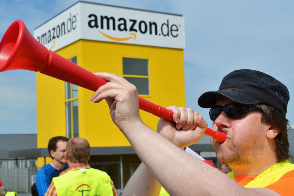 Bei Amazon in Bad Hersfeld könnte es bald wieder zu Streiks kommen, wie im Jahr 2013 (Archivbild).