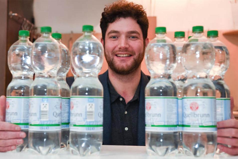 Rund 20 Liter am Tag ist eine Wasserration für Marc Wübbenhorst.
