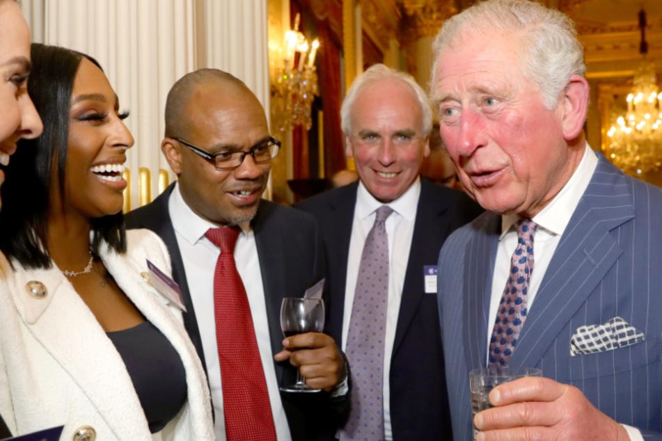 Prinz Charles hat sich wahrscheinlich bei einem seiner zahlreichen öffentlichen Terminen angesteckt.