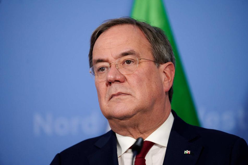Coronavirus in NRW: Laschet fordert strengere Kontaktverbote