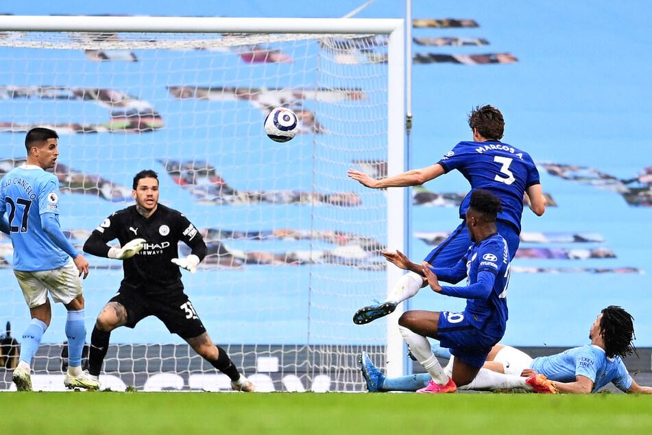 Marcos Alonso (30, 2.v.r.) erzielte am vergangenen Wochenende nach Vorlage von Timo Werner (25, nicht im Foto) in der Nachspielzeit das entscheidende 2:1 für den FC Chelsea bei Manchester City.