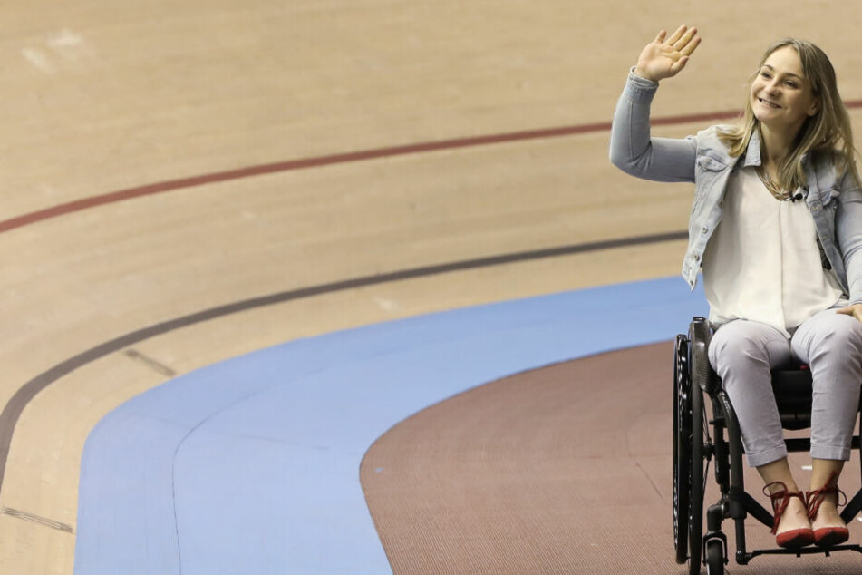 Kristina Vogel ist nun mit dem Rollstuhl an der Bahn unterwegs, nicht mehr mit dem Rennrad.