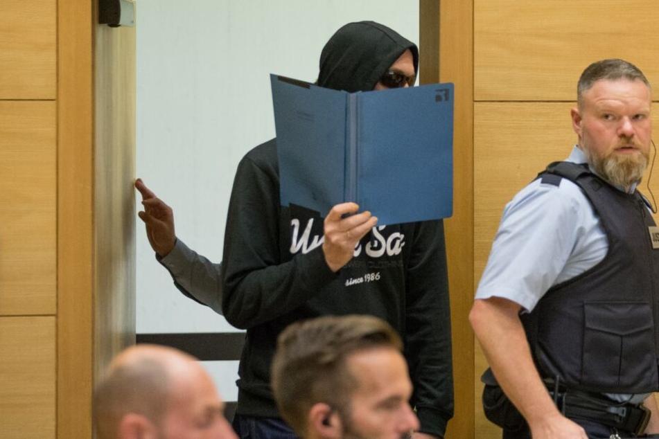 Der Angeklagte Jörg W. soll die drei Männer brutal ermordet haben.
