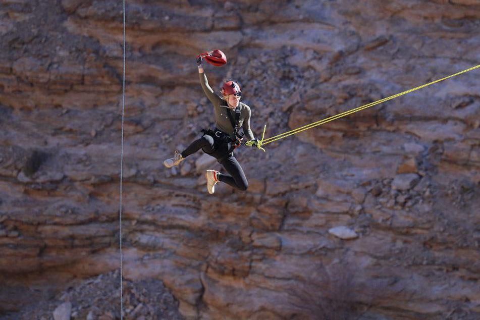 Larissa Marolt muss jegliche Angst vor Höhe und Schwindel vergessen.