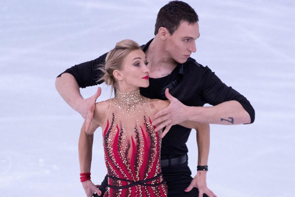 Aljona Savchenko (35) und ihr Eislaufpartner Bruno Massot (35) suchen wieder Dresdner Eislauftalente.