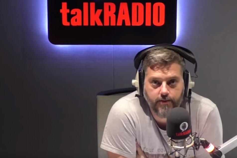Iain Lee rettet einem Mann in seiner Radiosendung nach einer Überdosis das Leben.