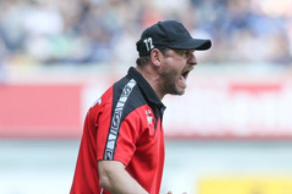 Knurrig wie eh und je: SCP-Trainer Steffen Baumgart