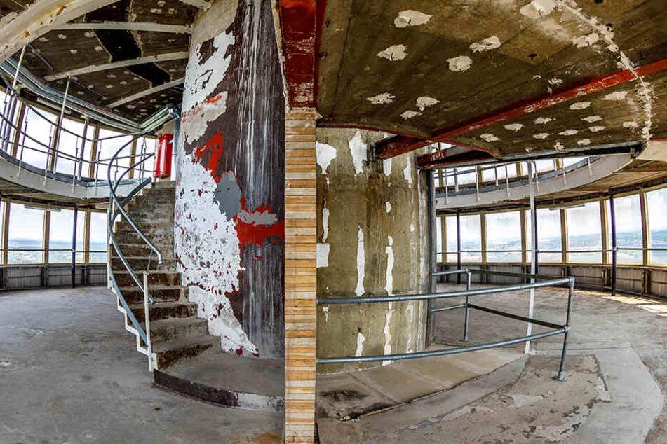 Trist: Das ehemalige Café an der Aussichtsplattform im Fernsehturm.