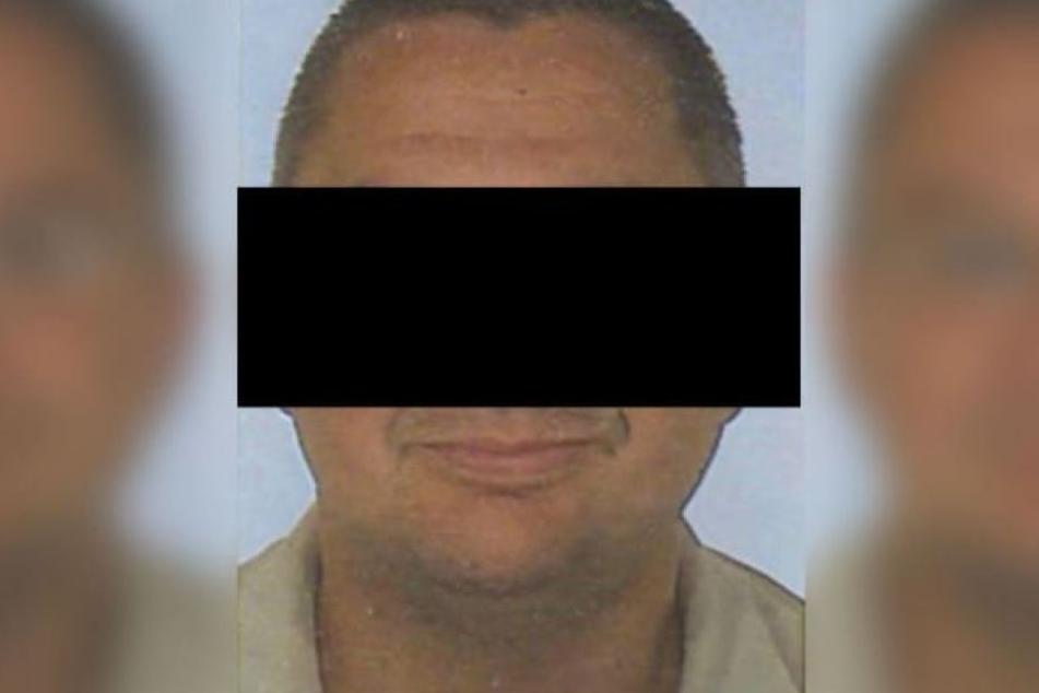 Der 53-jährige Angeklagte hat eine 24-Jährige und ihr Kind auf dem Gewissen.