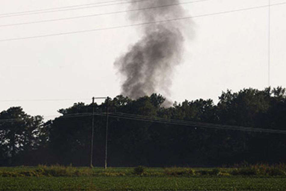 Eine große Rauchwolke war direkt über der Unfallstelle zu sehen.