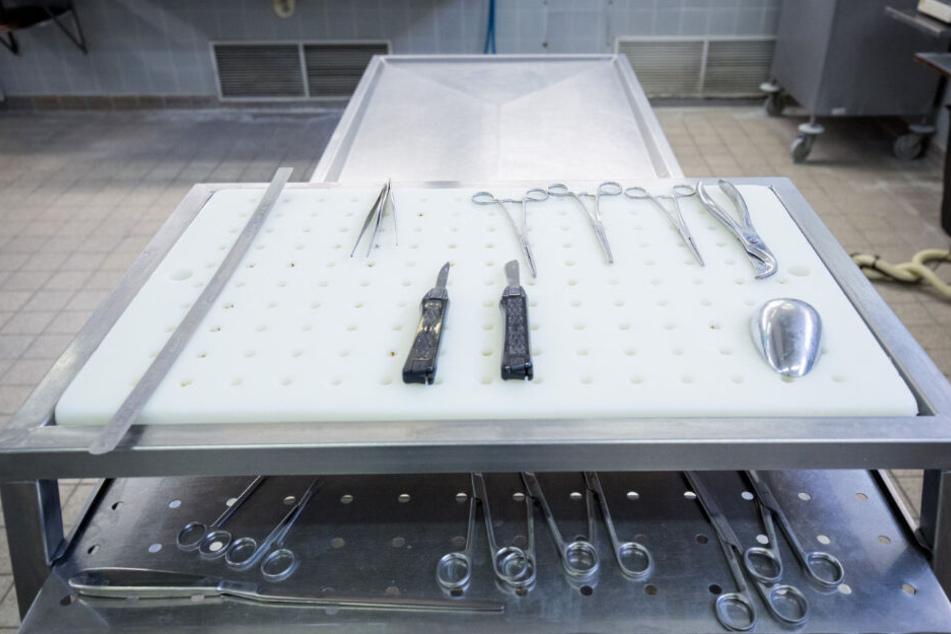 Eine Obduktion des Leichnams von Ignace M. wurde jetzt angeordnet. (Symbolbild)