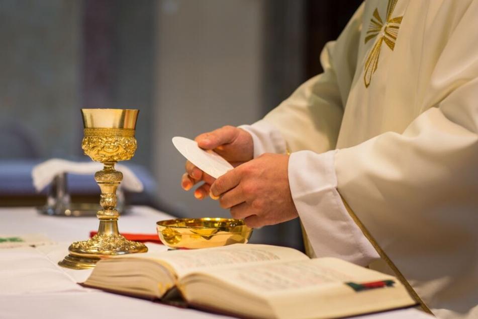Dem Priester wurde nach dem Eklat geraten, fürs erste nich mehr zu predigen. (Symbolbild)