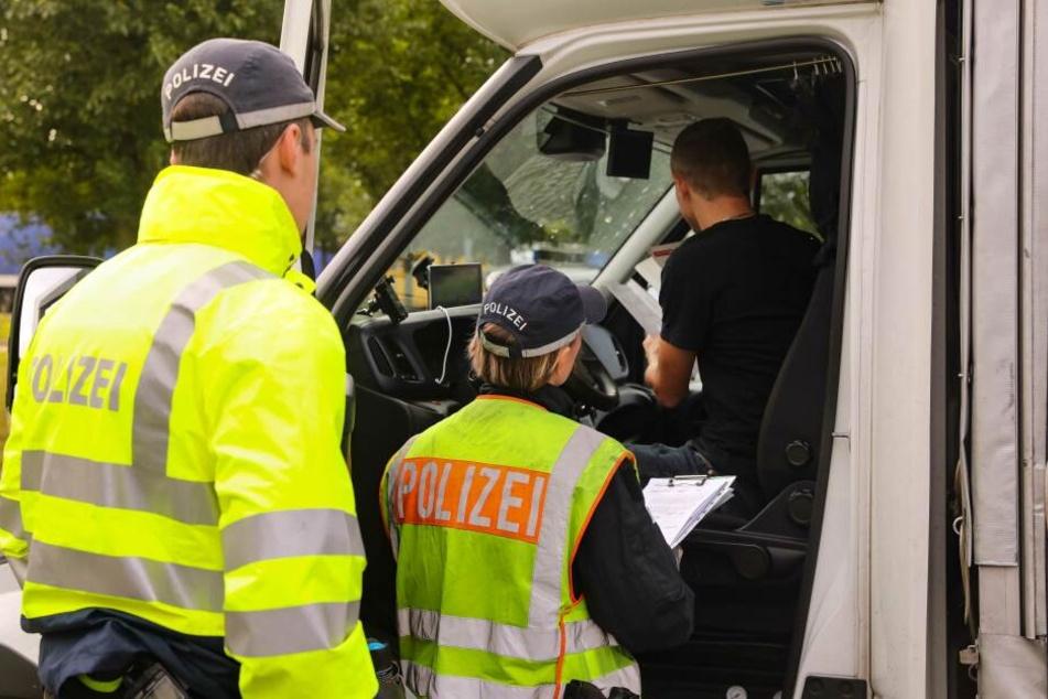 Mega-Kontrolle auf Sachsens Autobahnen: Hunderte Polizisten im Einsatz