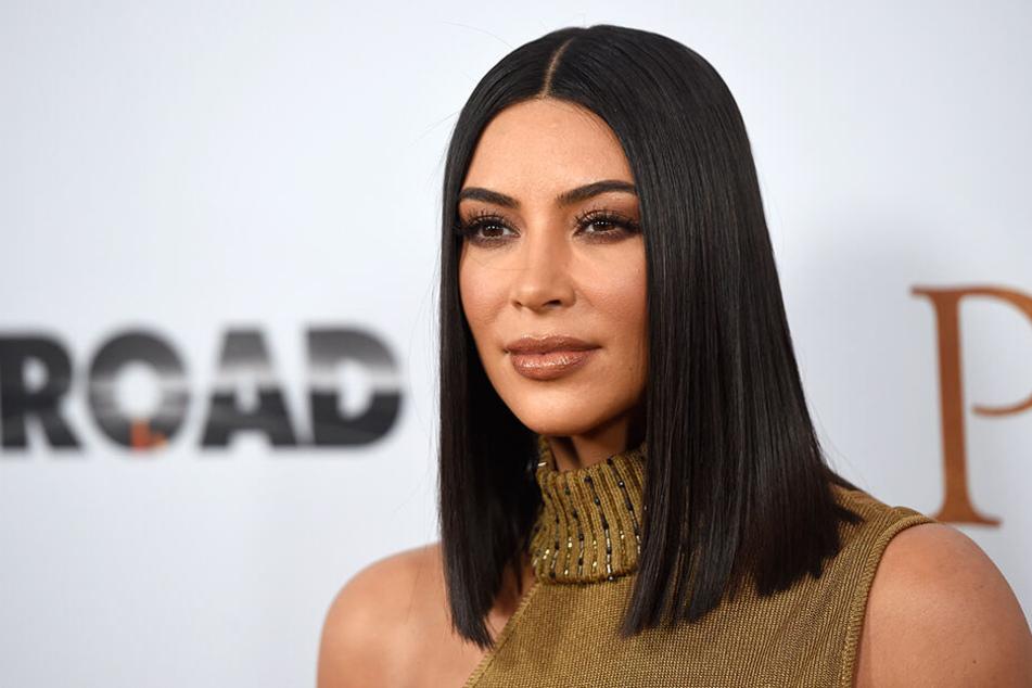 Kim Kardashian wirbt selbst für ihre Produkte.