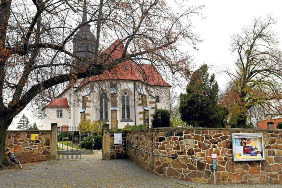 Am heutigen Totensonntag werden Sachsens Friedhöfe wieder gut besucht.