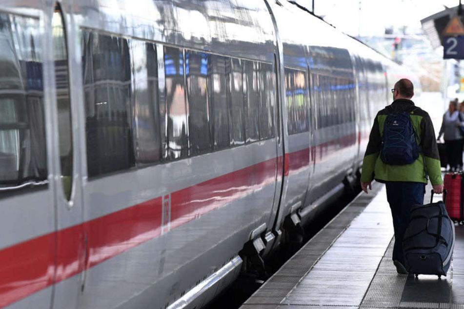 Angebot für Schnäppchenjäger:Deutsche Bahn etabliert
