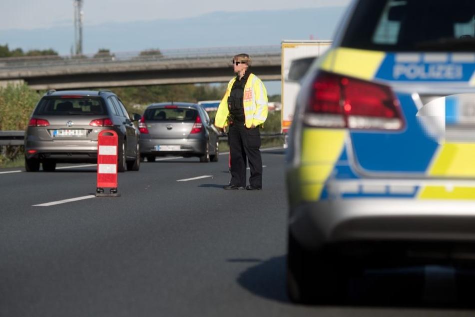 Unfassbar, was Gaffer auf der Autobahn filmt