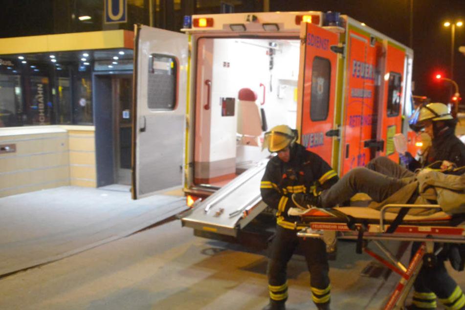 Zwei Opfer der Auseinandersetzung mussten in ein Krankenhaus gebracht werden. (Symbolfoto)