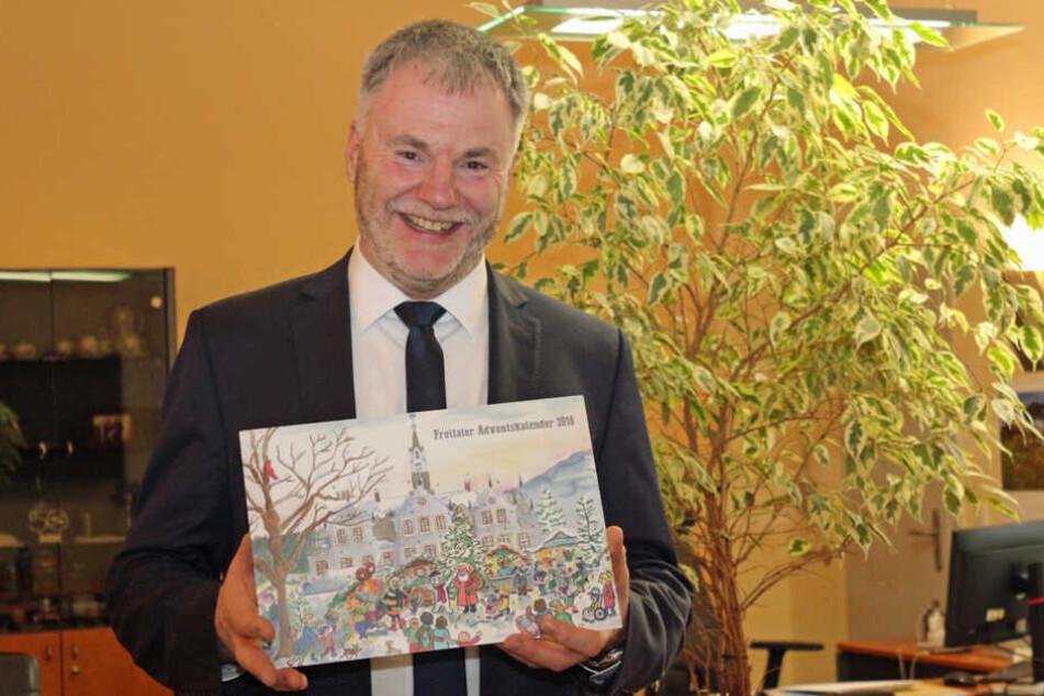 Oberbürgermeister Uwe Rumberg (61, CDU) will mit der Stele auch das Gemeinschaftsgefühl stärken.