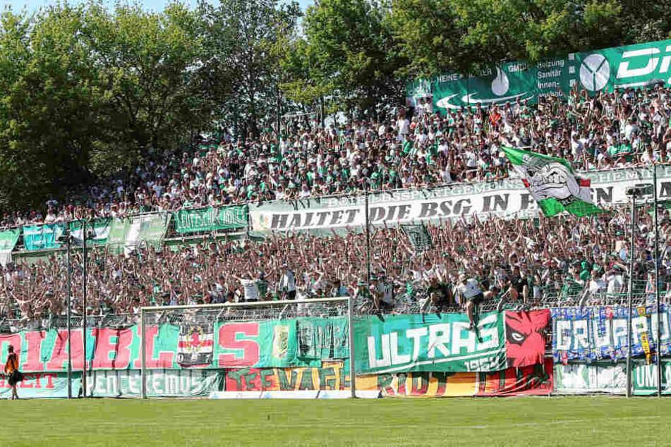 Chemie Leipzig wird die Ticketpreise nach dem Aufstieg in die vierte Liga geringfügig erhöhen.