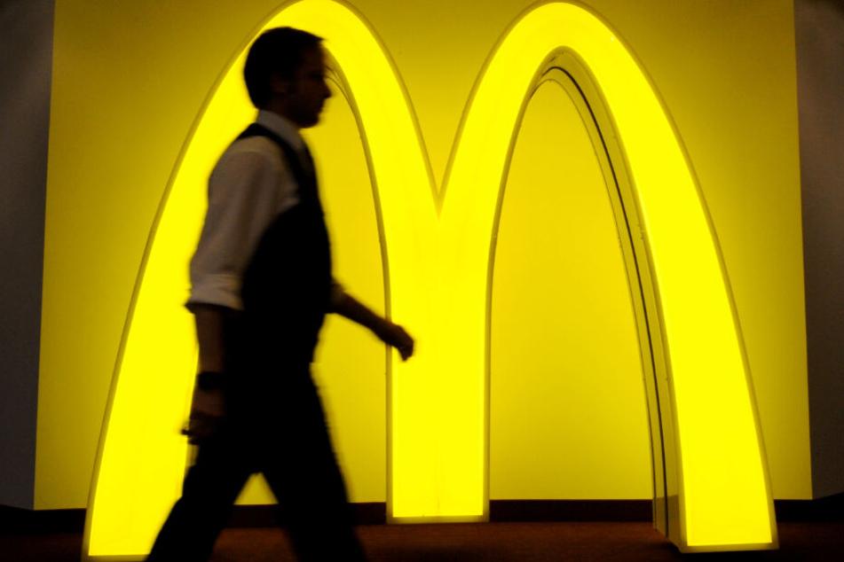 1000 Tonnen als Ziel! McDonald's will weniger Plastikmüll produzieren. (Symbolbild)