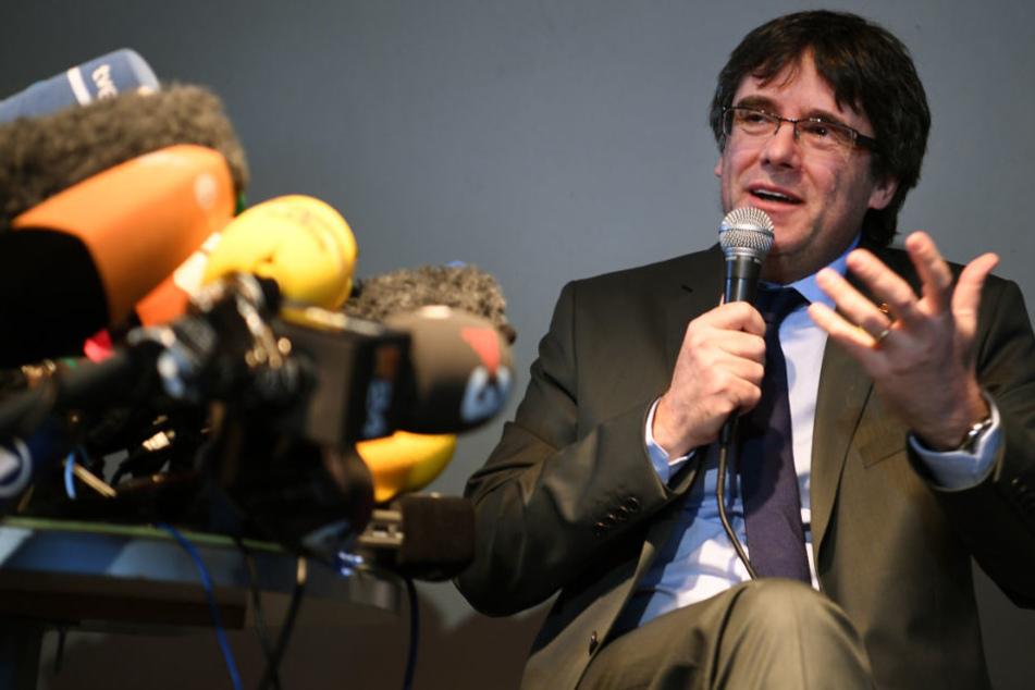 Carles Puigdemont hielt einen Tag nach seiner Haftentlassung in Berlin eine Pressekonferenz