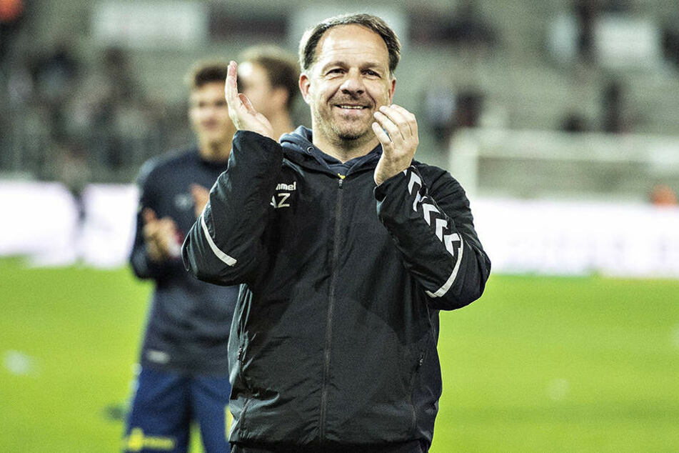 Trainer bei Bröndby ist Alexander Zorniger. Er führte den Verein jüngst zum Pokalsieg.