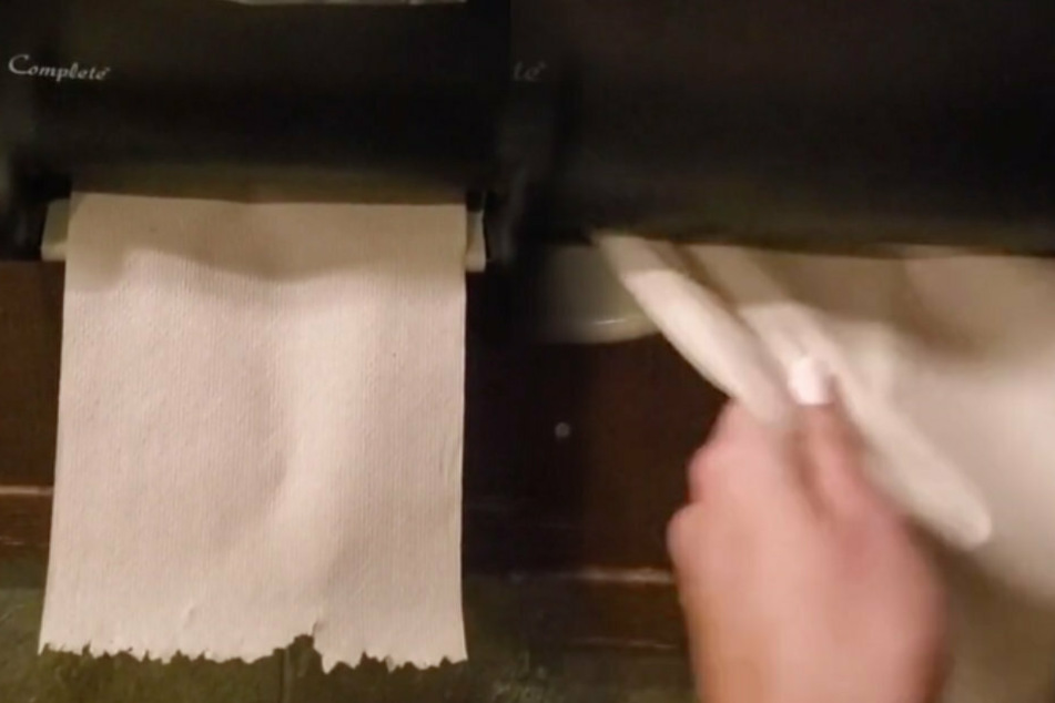 This paper towel dispenser might give you a little heart attack