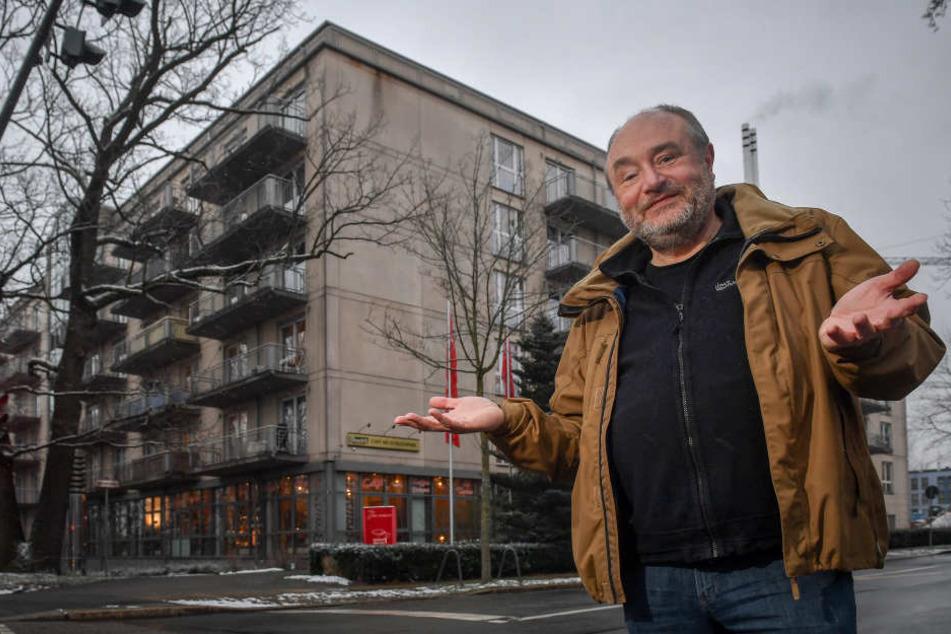 Heim schlägt Alarm: Auf den Hausarzt-Notstand macht Hans-Jürgen Rutsatz (57) aufmerksam.