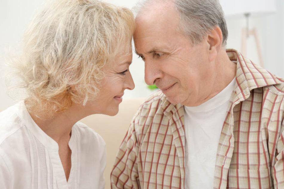 Intimität erleben? Die Fähigkeit nimmt im Alter nicht ab. (Symbolbild)