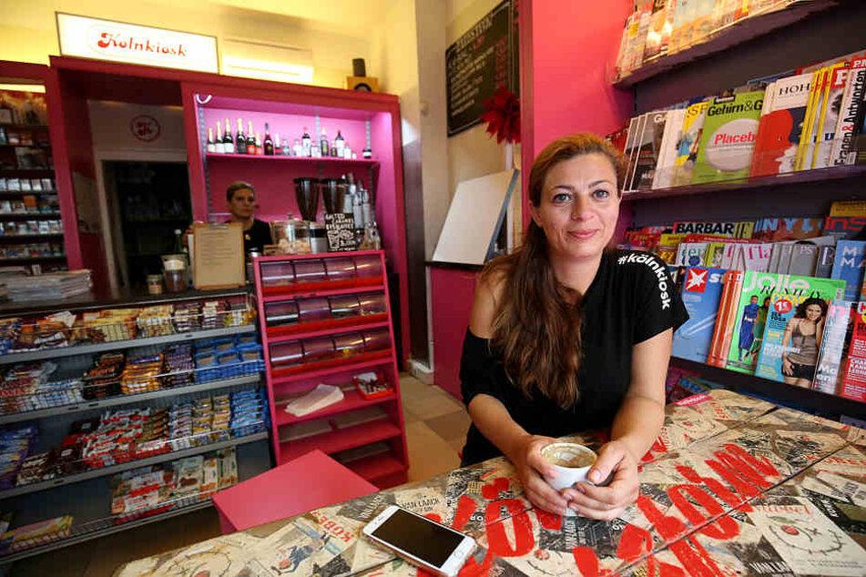 Shirin Shaghaghi in ihrem Kiosk im Belgischen Viertel in Köln.