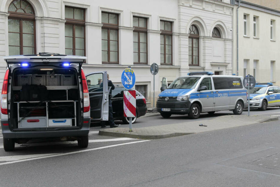 Ein 33-Jähriger hat sich am Freitag eine wilde Verfolgungsjagd mit der Polizei durch Leipzig geliefert.
