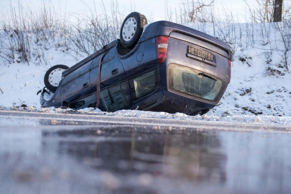 Auf der A24 soll es dichtes Schneetreiben gegeben haben.