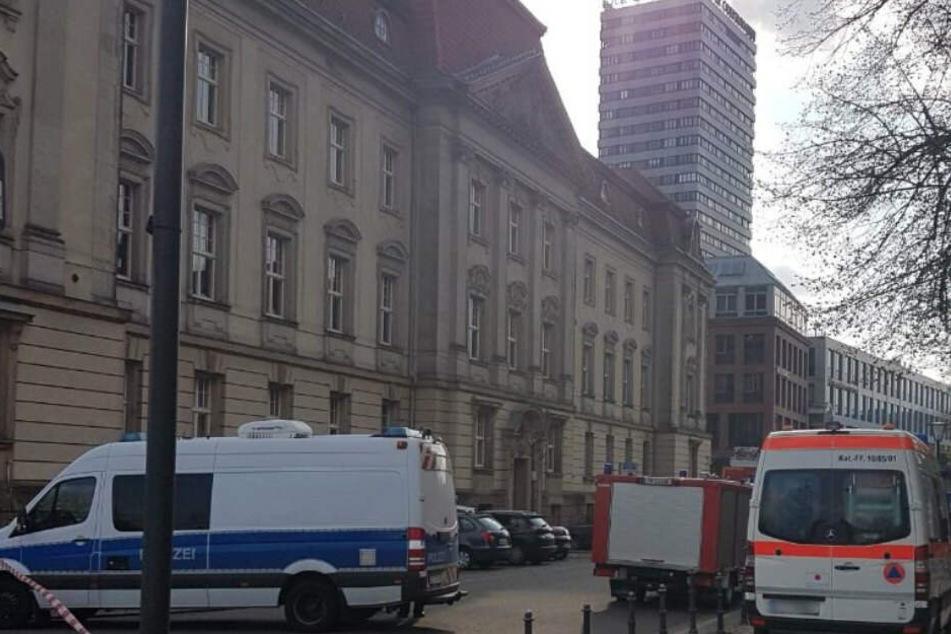 Verdächtiges Paket: Europa-Universität evakuiert
