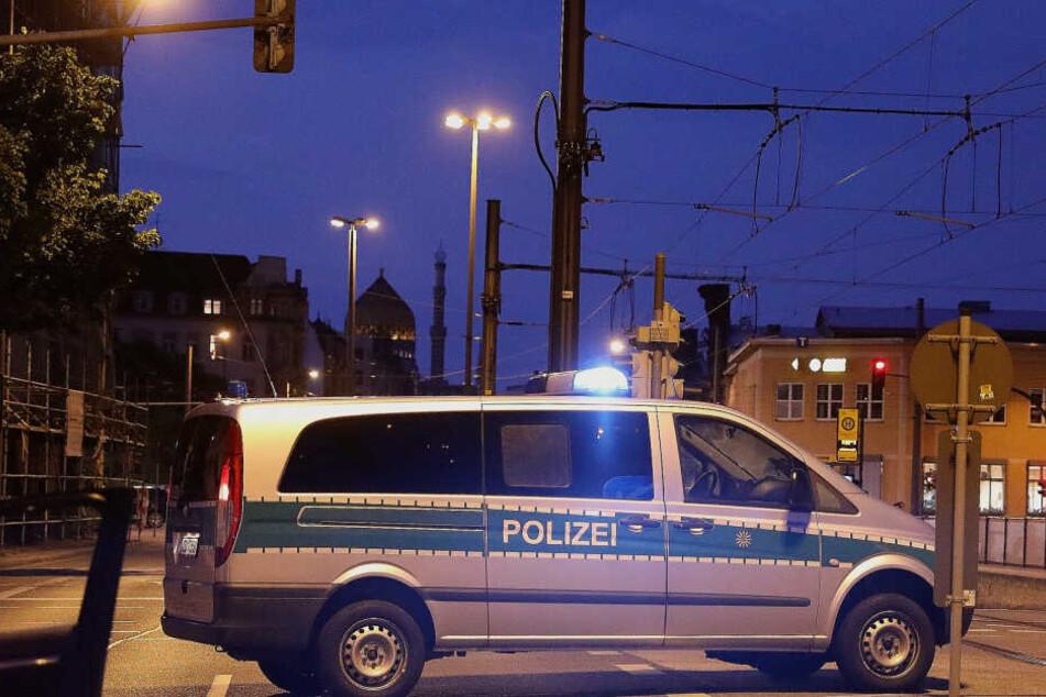 Polizeiwagen im Einsatz (Symbolbild)