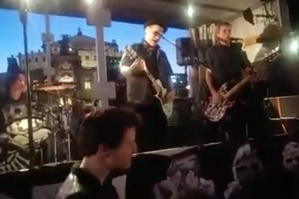 Fans jubeln: Tote Hosen sangen in Dresden ein noch unveröffentlichtes Lied