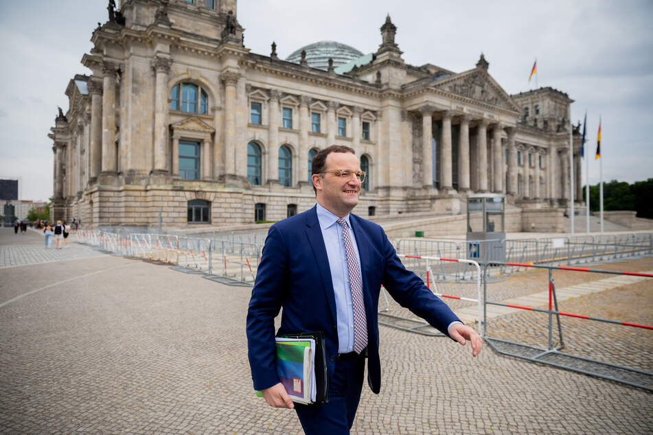 Gesundheitsminister Jens Spahn (41, CDU),