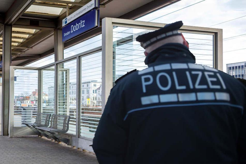 Dresden: Mehrere Männer Opfer von Raub-Delikten in Dresden