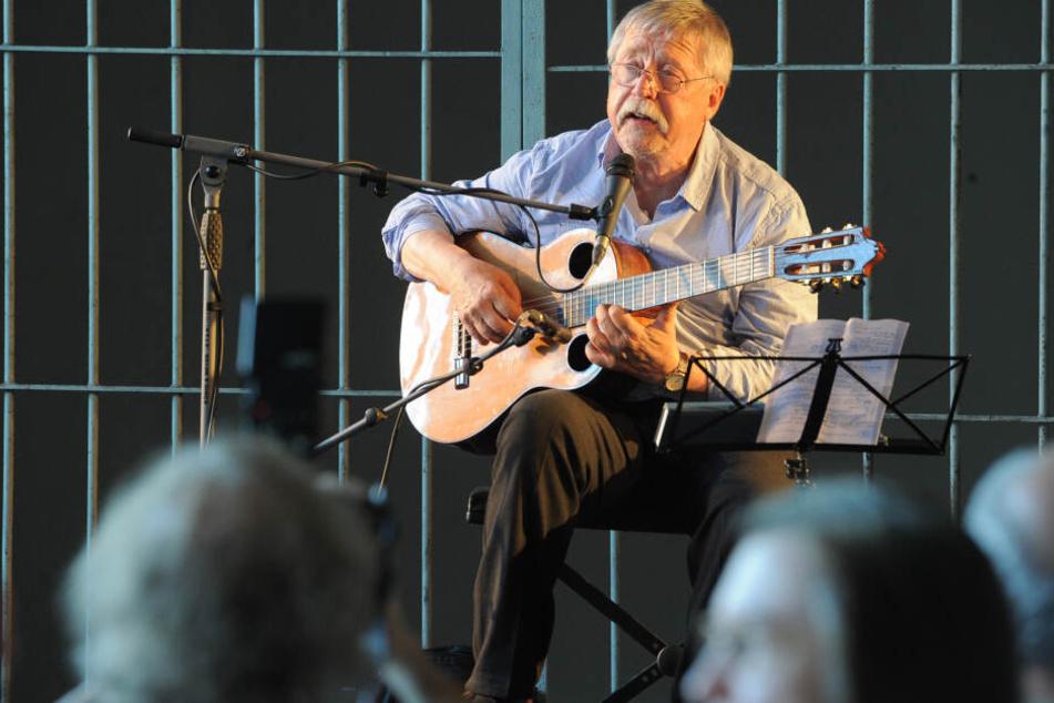 DDR-Kritiker Wolf Biermann gibt Konzert in Gedenkstätte Hohenschönhausen