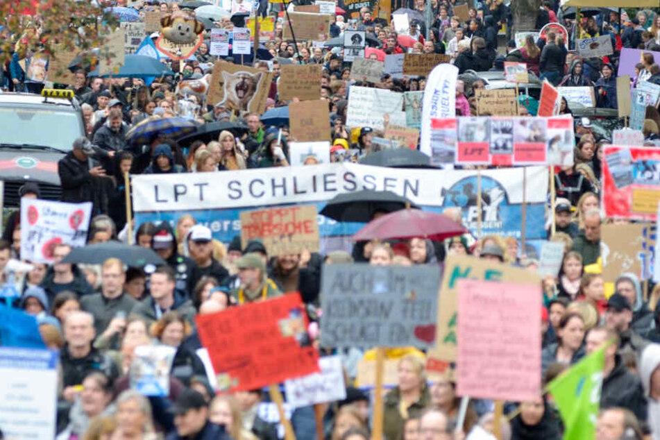 Mehr als 7000 Menschen bei Demonstration gegen Tierversuche