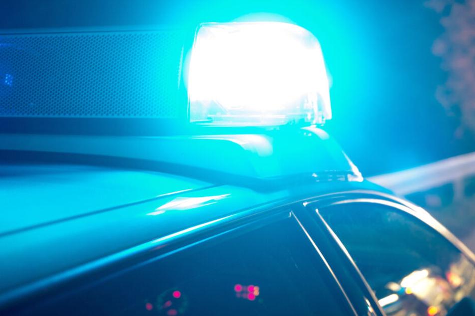 Spritztour mit Freunden: 14-Jähriger flieht in Auto der Eltern vor der Polizei