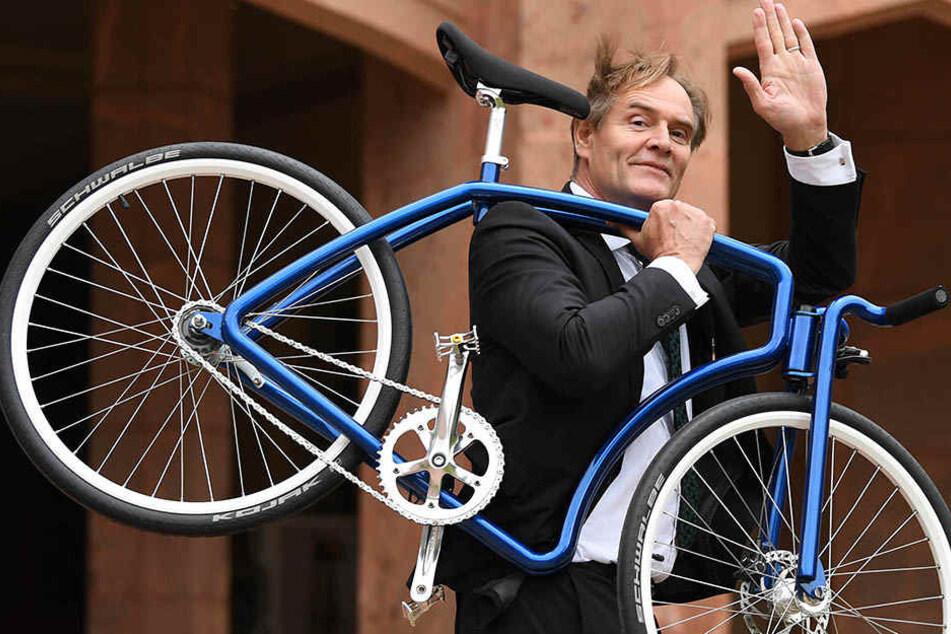 Leipzigs OBM Burkhard Jung (SPD) will die Messestadt Leipzig fahrradfreundlicher machen, als sie ohnehin schon ist.