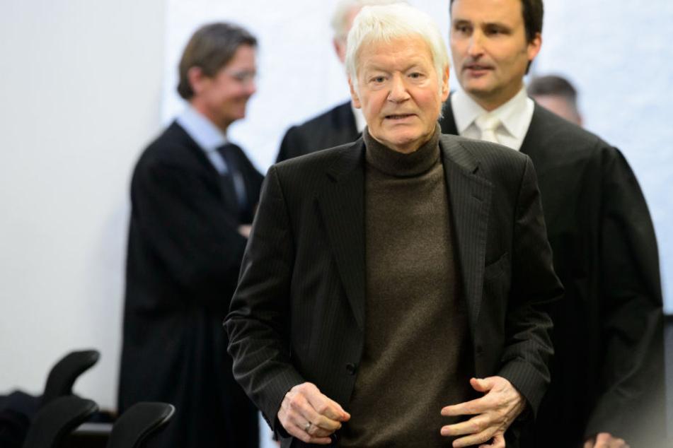Wurde zu zwei Jahren auf Bewährung verurteilt: Anton Schlecker am Montag im Stuttgarter Landgericht.
