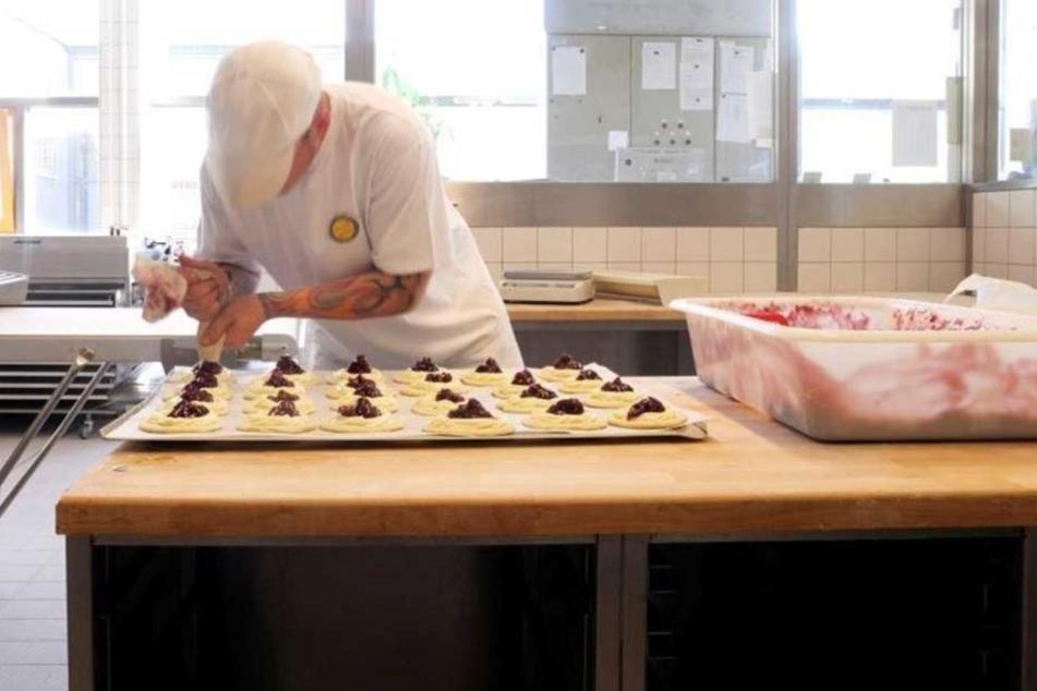 Eine Aufnahme aus der Bäckerei in der JVA Dresden.