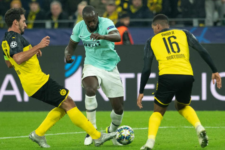 Inter-Büffel Romelu Lukaku zeigte seine ganze Klasse im ersten Durchgang. Der BVB hatte in der Hintermannschaft mächtig zu tun mit dem Belgier.